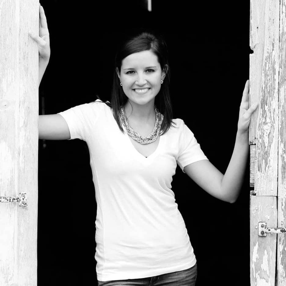 Jenny Weg is a mom who makes money from her blog